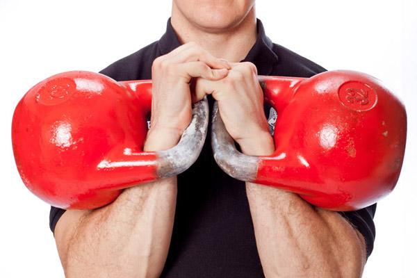 Самыми сильными юношами в гиревом спорте стали студенты рубцовского педагогического колледжа