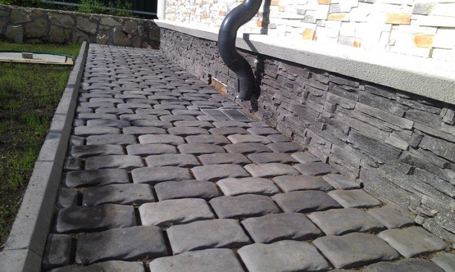 Тротуарный камень фото
